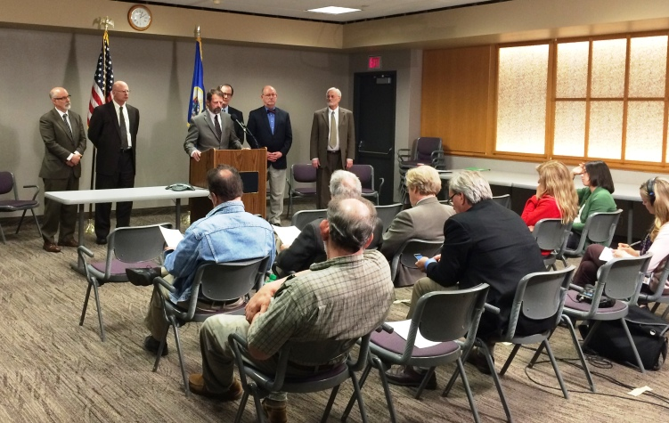 Avian Influenza in Minnesota - press conference | via MyOtherMoreExcitingSelf.wordpress.com