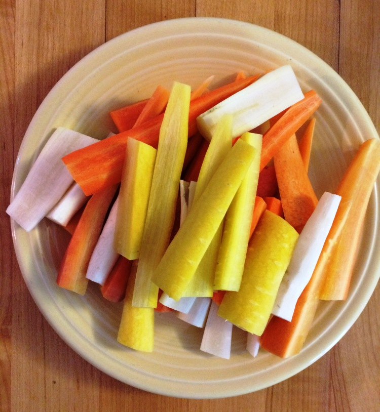 Multi-colored carrots | via MyOtherMoreExcitingSelf.wordpress.com