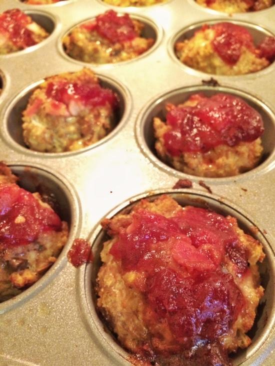 Turkey Meatloaf Muffins | via MyOtherMoreExcitingSelf.wordpress.com #switchtoturkey #turkeyeveryday